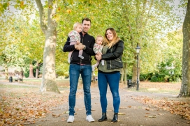 Nikki-Price-Photography-family-dad-mum-twins